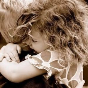 """""""Tra le mie braccia…"""" – La voce del tuo angelo"""