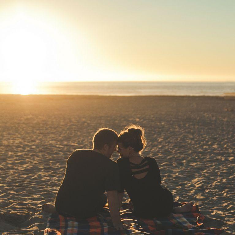 Intimità - Non condividere la vita sui social media